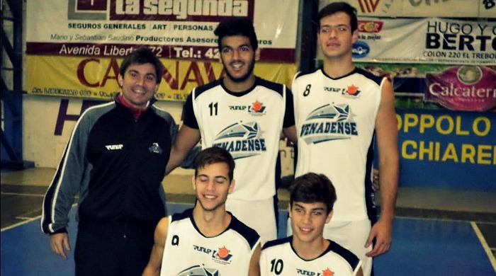 En El Trébol. Equipo U18 3x3 de la Venadense.